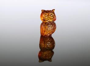Amber figurine Owl