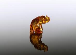 Gintarinė statulėlė Dramblys