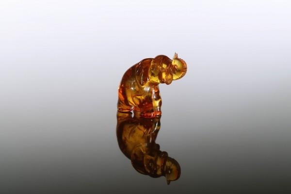 https://www.amberworldlt.com/1357-large_default_btt/amber-figurine-an-owl.jpg