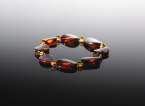 Natural amber bracelet stretchable