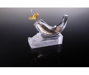 Stiklo dirbinys-suvenyras su natūraliu gintaru