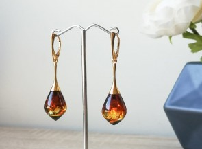 Amber earring with silver