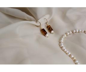 Auskarai su perlais ir gintaru