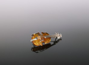 Brooch-pendant Violin with sterling silver and amber