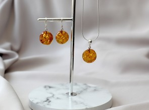 Green amber pendant and earrings