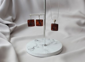 Cherry amber pendant and earrings
