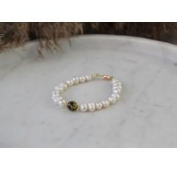 Perlų apyrankė su gintaru