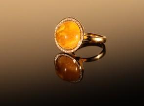 """Žiedas """"Saturnas"""" su gintaru,auksu ir briliantais"""