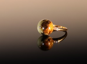 "Golden ring ""Orion"" with amber and diamonds"